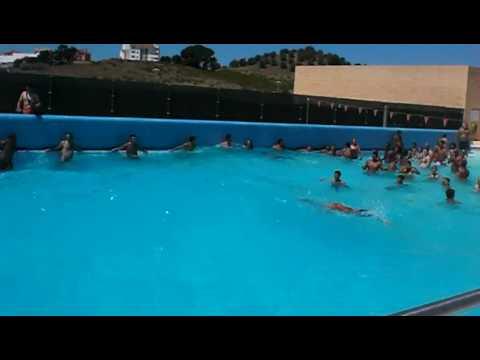Complexo aqu tico de santar m piscina das ondas youtube for Olimpia piscina de onda