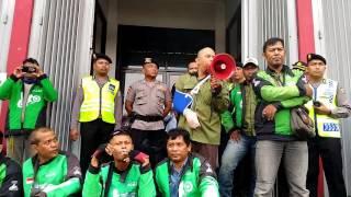 Video Mediasi driver dengan PT. GOJEK INDONESIA download MP3, 3GP, MP4, WEBM, AVI, FLV Juli 2018