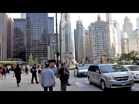 Michigan Avenue In Downtown Chicago (May 24, 2018)