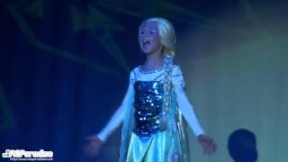 San Diego Comic Con 2014 Masquerade - 01 Elsa the Snow Queen Frozen