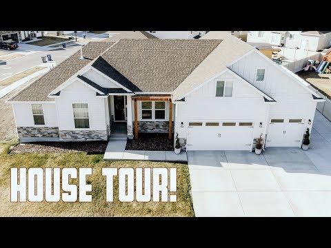 HOUSE TOUR | ULTIMATE GARAGE thumbnail