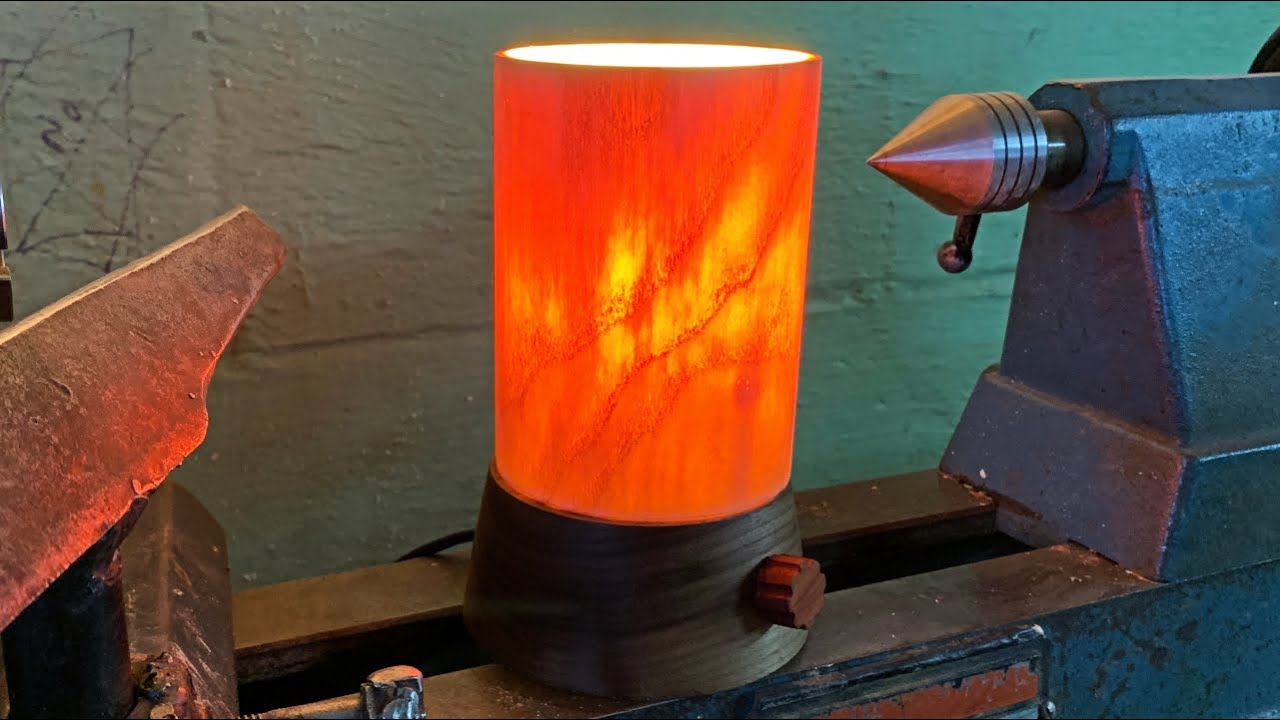 Woodturning the Glowing Log Lamp