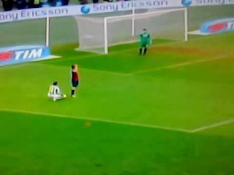 il Rigore SCANDALOSO dato alla Juventus per il 3-2 sul Genoa...VERGOGNAAAAA!!!!!!!!!