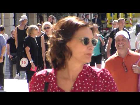 Inès de La Fressange @ Paris Fashion Week 6 july 2015 show Schiaparelli