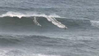 Big Waves Kauai N.Shore12-07-09.wmv