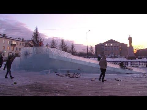 В Старокамышинске построили ледовый городок