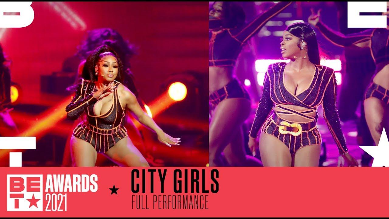"Download City Girls Perform Their Hit Summer Track ""Twerkulator"" Performance | BET Awards 2021"