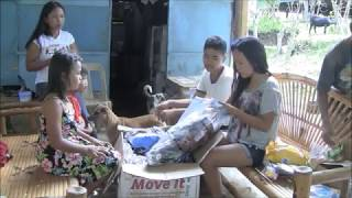 OPENING INCREDIBLE BALIKBAYAN BOX FROM AMERICA EXPAT LIVING IN PHILIPPINES