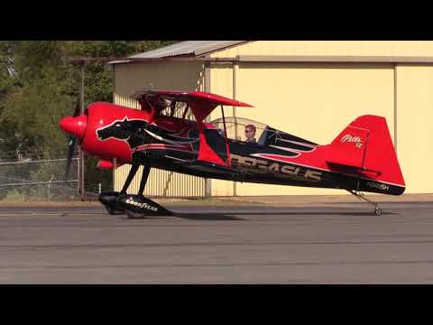 Jeremy Holt Airshows Pegasus Pitts Model 12