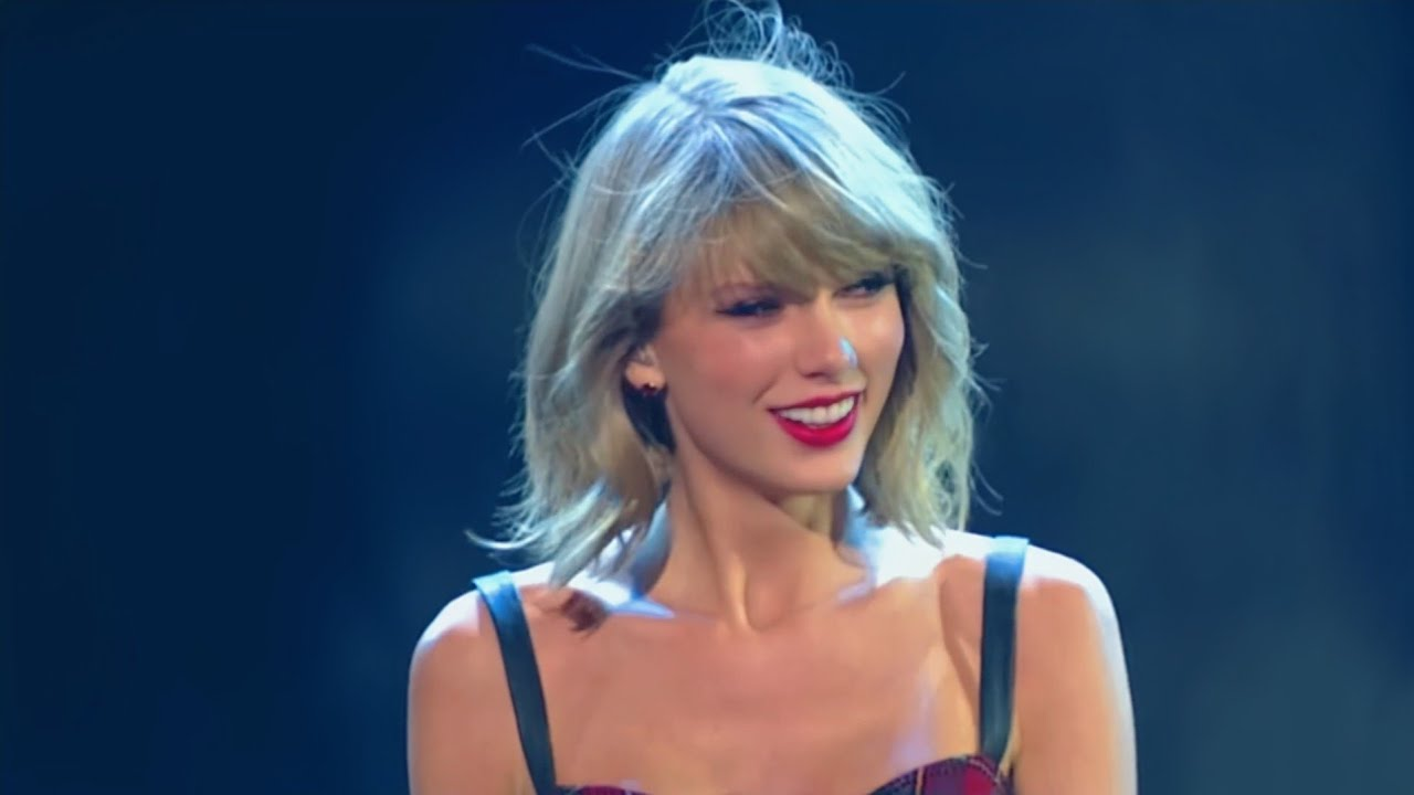 Taylor Swift - Blank Space live iHeartRadio Jingle Ball 2014/12/12
