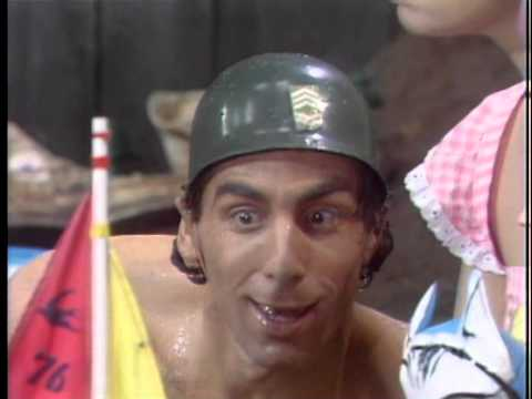 Fridays (3/4) Michael Richards In A Baby Pool (1980)