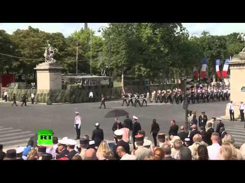 Extrait du défilé militaire du 14 juillet sur les Champs-Elysées