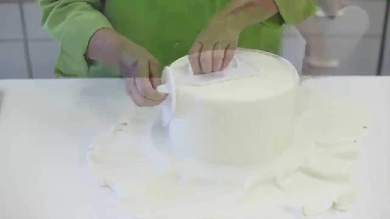 How To Cover A Styrofoam Cake With Fondant - YouTube