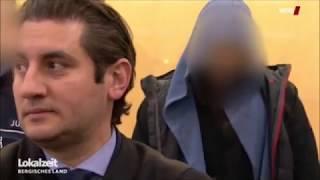 IS-Kämpfer führt Frau an Kette durch Wuppertal