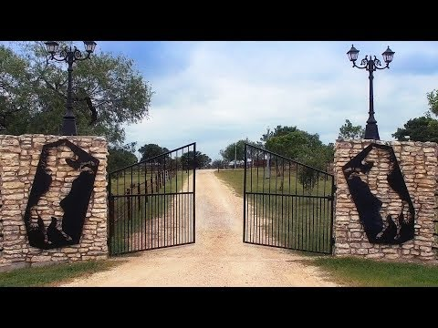 Ridiculous Ranches- Briarpatch Ranch