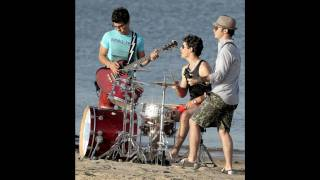 L.A. Baby - Jonas Brothers NEW SONG Full HQ + Download Link