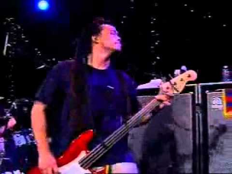 Deftones Knife Party live - YouTube