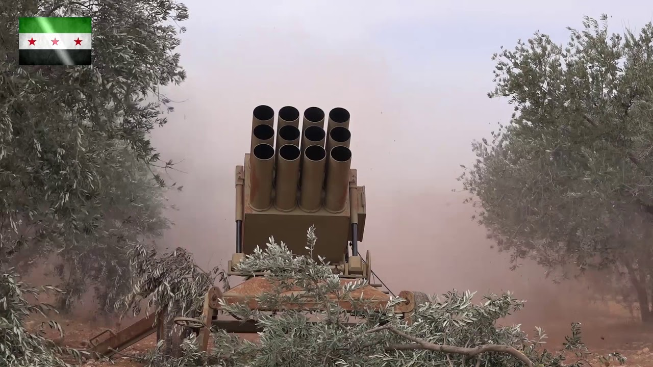 رد الطغيان || جيش ادلب الحر || استهداف قوات الأسد داخل قرية الخوين براجمات الصواريخ