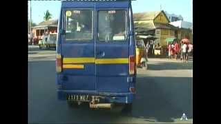 MAHAJANGA - Traversée dela ville -  2013