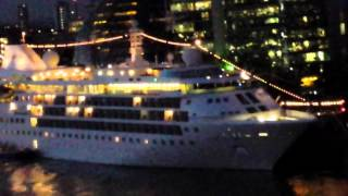 Cruise Ship Silver Cloud in London Bridge