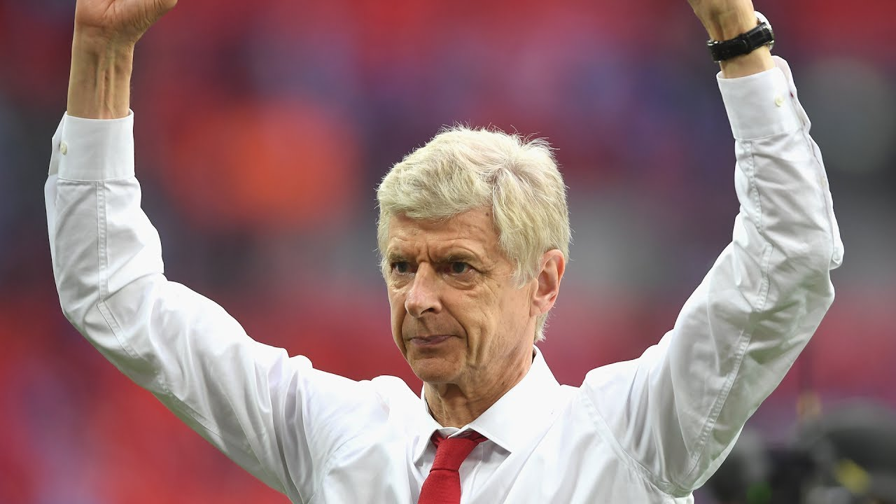 Arsne Wenger got a new contract from Arsenal because the club is dominated by fear