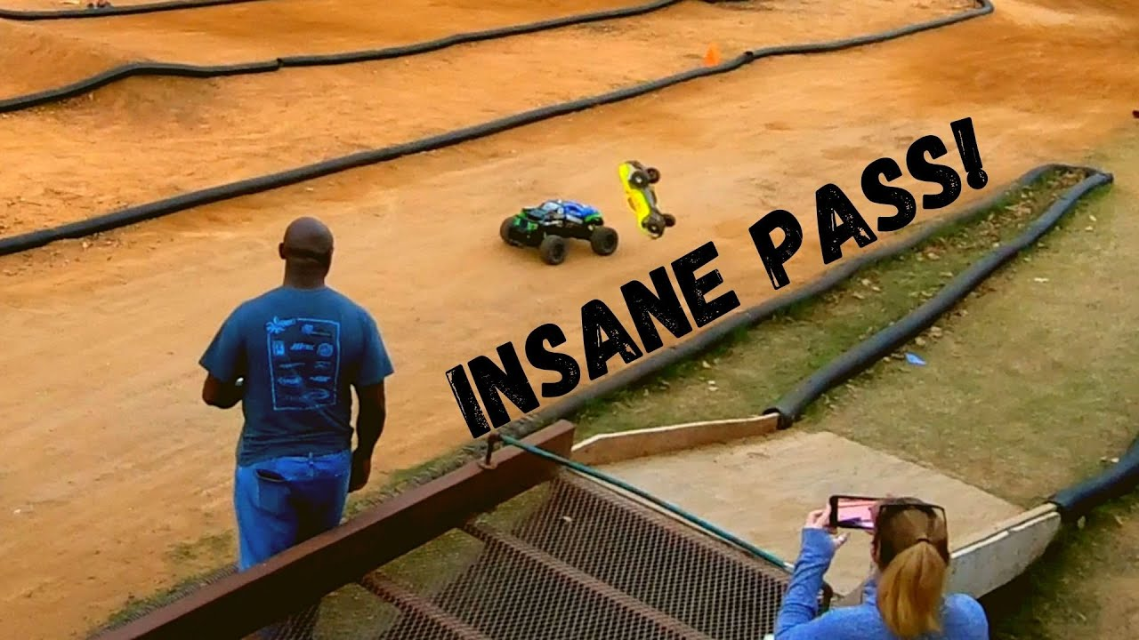 Most EPIC RC Car Pass EVER! Traxxas XMaxx Vs. Traxxas Slash