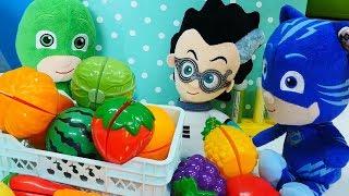 Pijamaskeliler Romeo'nun çaldığı sebzeleri geri alıyorlar