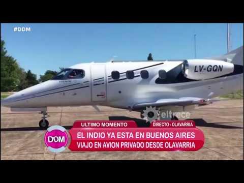 El regreso del Indio Solari en avión privado hacia su mansión en Parque Leloir