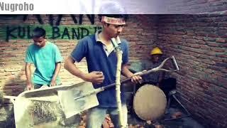 Download Lagu VIA VALLEN - SAYANG (parody kuli bangunan) paling keren Mp3