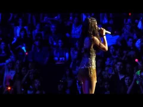 Selena Gomez - Whiplash / Naturally (Stars Dance Tour Saskatoon) HD