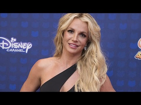 Thumbnail: Britney Spears Receives First Icon Award at 2017 Radio Disney Music Awards