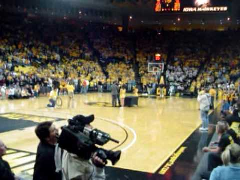 Adrian Clayborn and Iowa football captains recognized at Carver Hawkeye Jan. 27, 2010