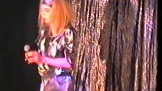 IISC 1995 Linda Evangelista Lätt Alkolista   Marias Första Dans