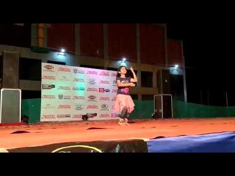 Aanya's dance in auto fair karnal2018
