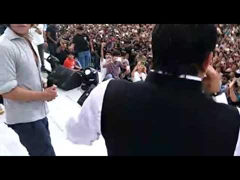 Shahrukh Khan jhum Uthe Bagal Wali Jaan mareli song
