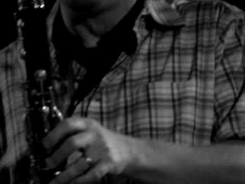 "Ken Vandermark's Free Fall- ""Accidents With Ladders"" live"