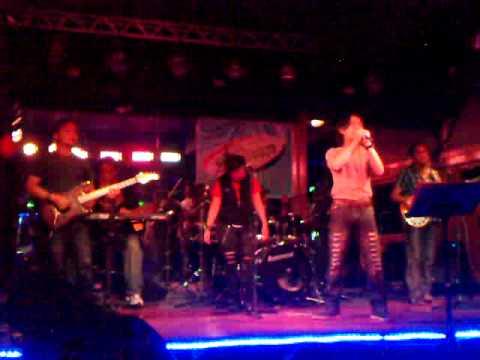The Graphix Band - I Feel Good.mp4