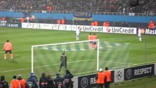 Динамо Киев - Барселона. 9 декабря 2009 года. Ошибка Вальдеса. 1-0.