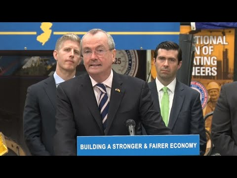 Murphy signs executive order creating Jobs and Economic Opportunity Council