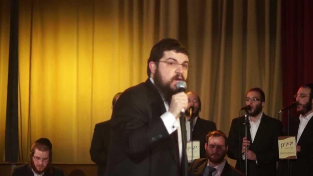 Benny Friedman and Yedidim Choir - Yesh Tikvah