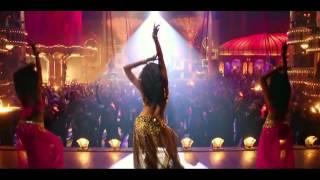 Deepika Padukone Butt Shakes