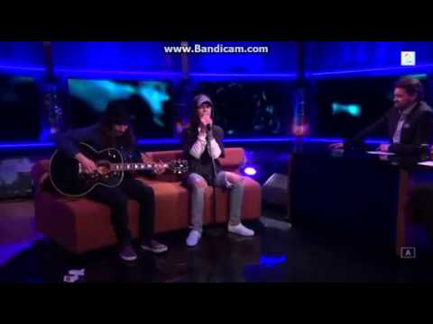 Justin Bieber - Hold Tight Acoustic live on Senkveld, Norway