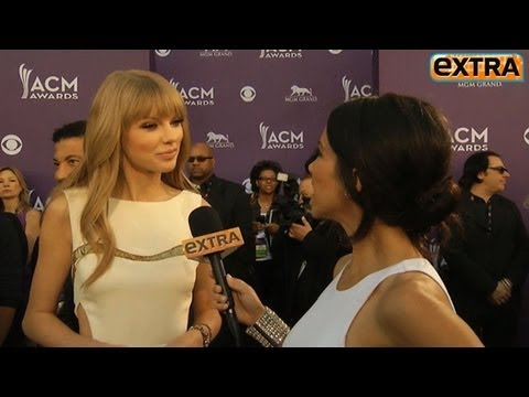 Taylor Swift and Tim Tebow Rumors Resurface at ACMs