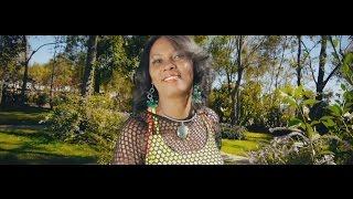 Download Video Soa - Naomi & Baba MP3 3GP MP4