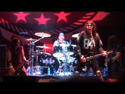 WASP  SLEEPING  IN THE FIRE  + FOREVER FREE  Rock Fest Barcelona 2015