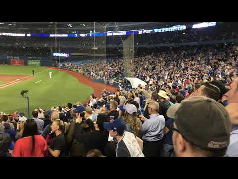 Seattle Mariners pitcher Jamie Paxton throws a no hitter in Toronto!