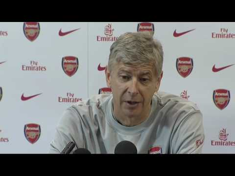 Arsene Wenger gives his view on the Ferguson ref row