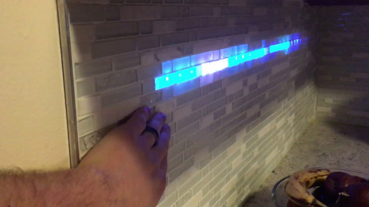 - LED Lights In Kitchen Backsplash - YouTube