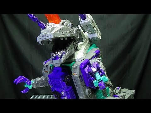 Titans Return Titan TRYPTICON: EmGo's Transformers Reviews N' Stuff