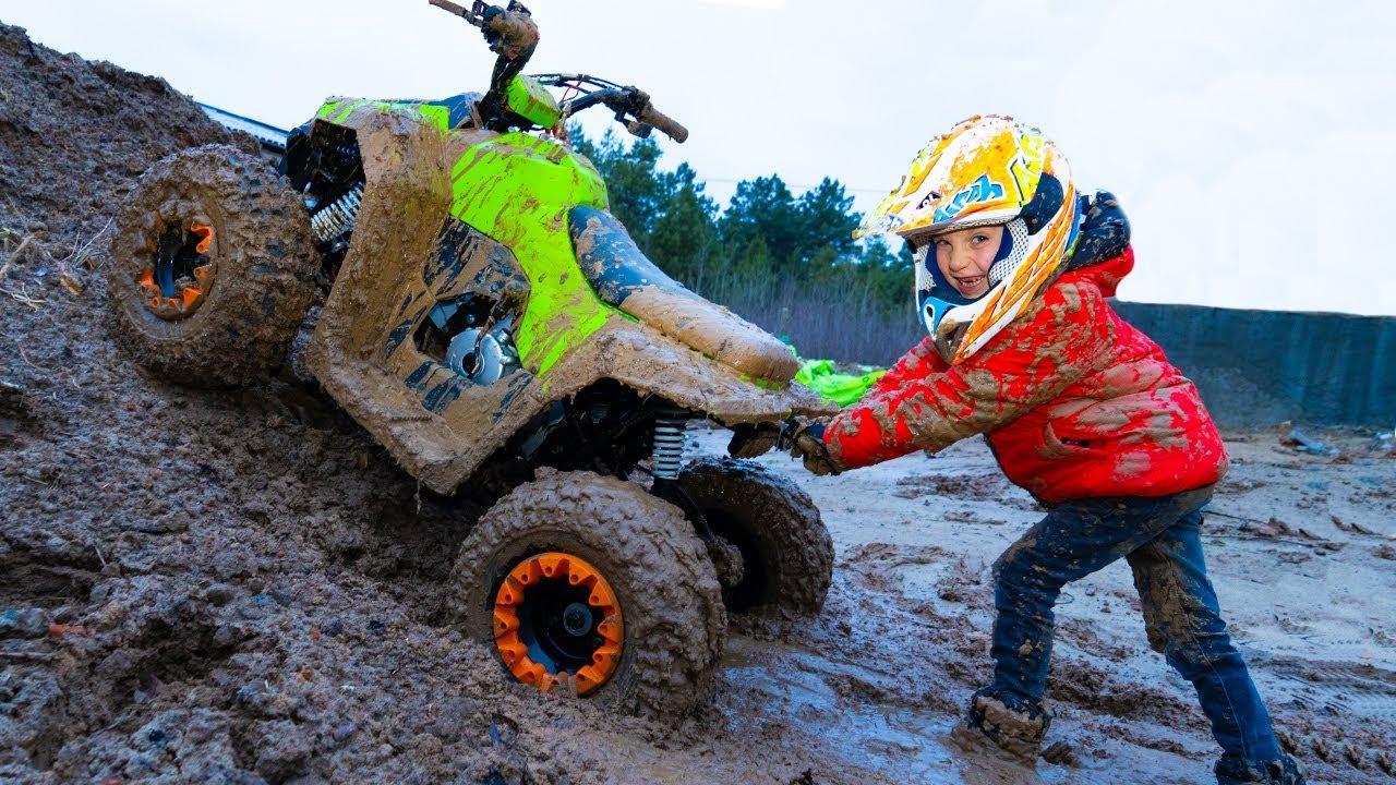 Download ATV- ВЕЗДЕХОД...Tisha ride on children's ATV and stuck in the ground
